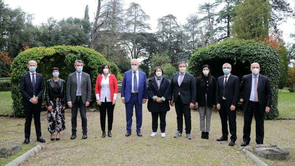 La nuova giunta della Regione Toscana con otto assessori