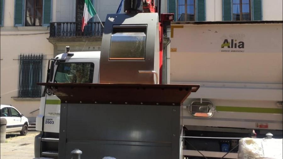 Cassonetti interrati a Pistoia, gli orari per conferire i rifiuti