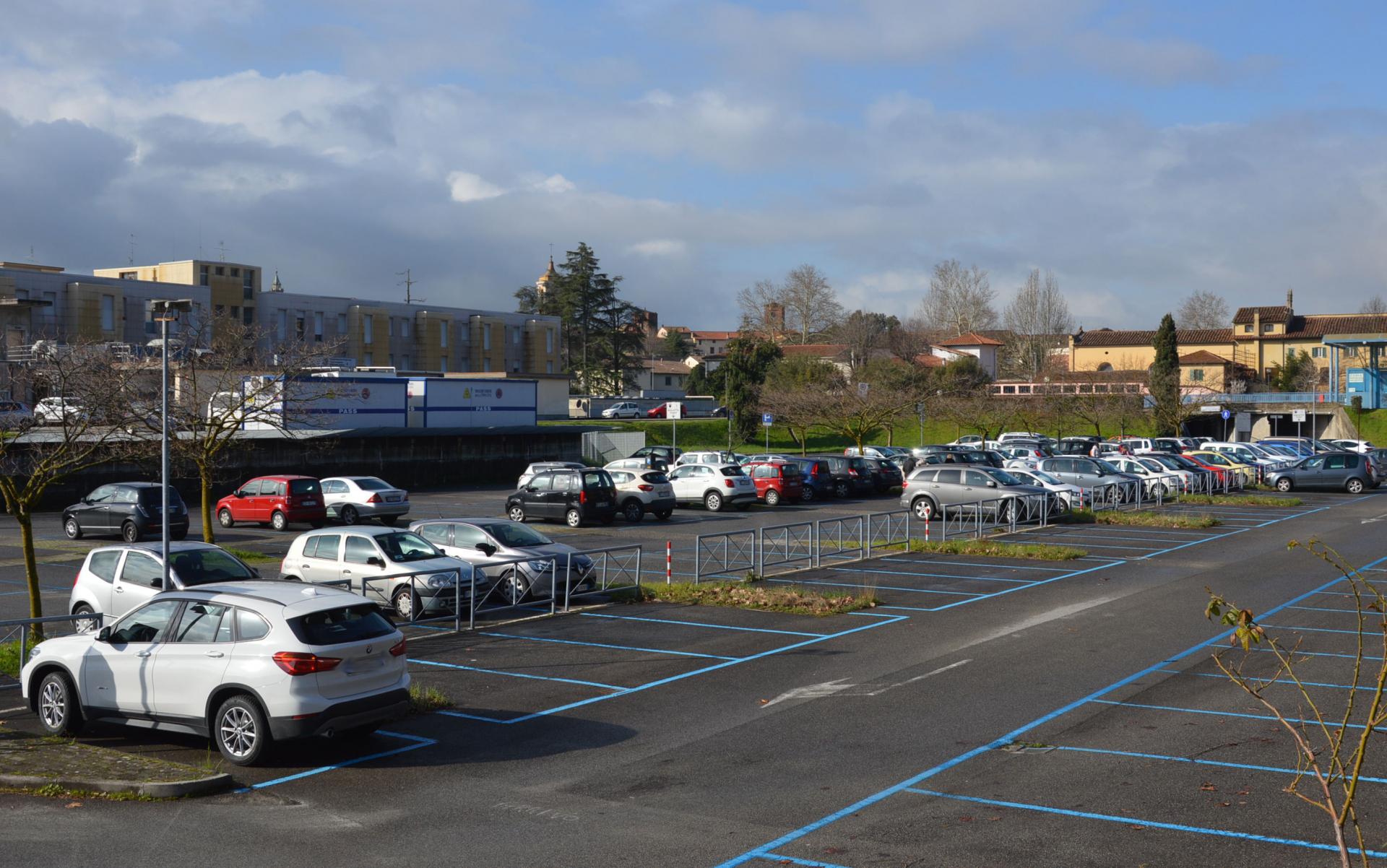 Pistoia: restano gratis i parcheggi Pertini e al Ceppo