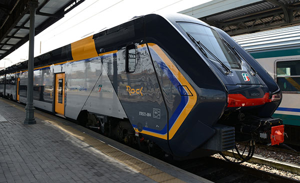 Per l'inizio dell'anno scolastico entra in servizio un nuovo treno Rock
