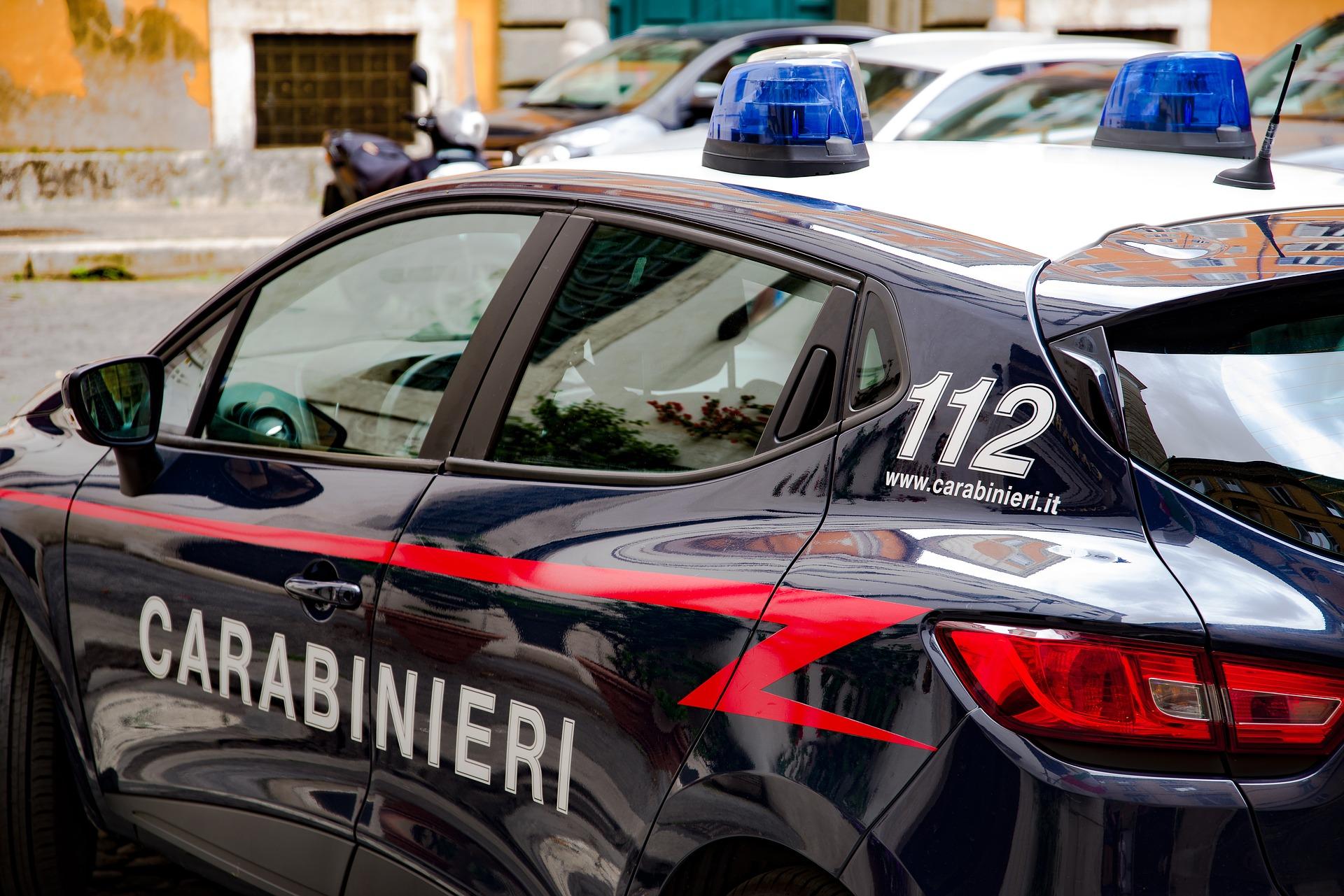 Maltrattamenti in famiglia, arrestato 23enne