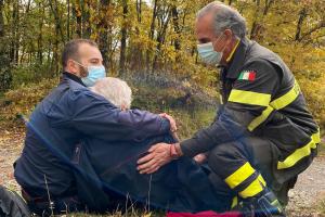 Anziano disperso in montagna ritrovato da Vigili del Fuoco e Carabinieri Forestali